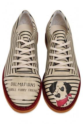 حذاء نسائي طبعة كلب