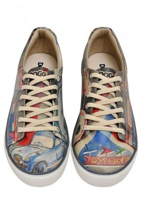 حذاء رجالي سبور صورة سيارة