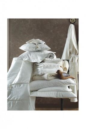 طقم سرير عرائسي كامل + طقم حمام