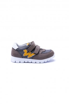 حذاء اطفال منقوش