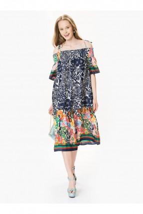 فستان طويل مزخرف