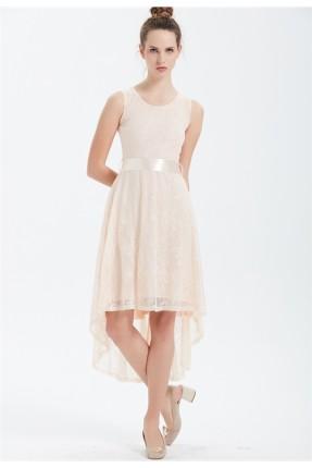 فستان دانتيل مدرج الطول