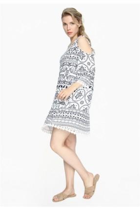 فستان سبور مع نقشة طراف دانتيل