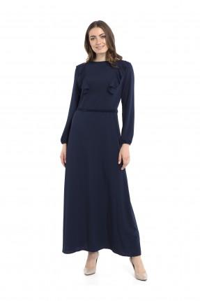 فستان طويل كشكش عند الصدر