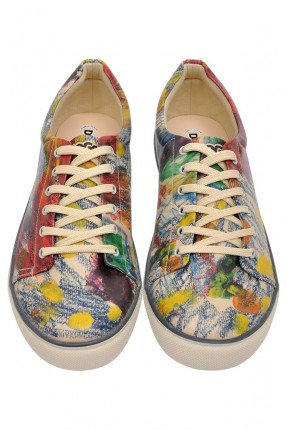 حذاء رجالية مع نقشات